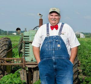 Chefs Garden farmer